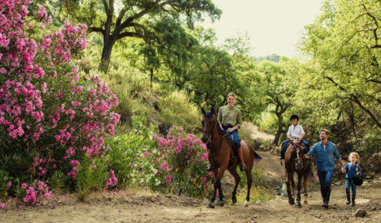 Senderismo y paseos a caballo